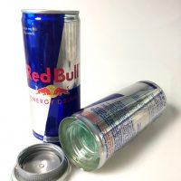 Puszka Red Bull schowek